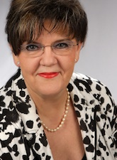 Ursula Dumke